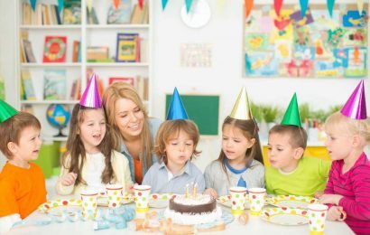 Parents furious as mum charges kids £15 to attend her daughter's birthday party