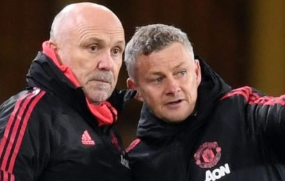 Man Utd set to appoint Mike Phelan as new technical director and promote Michael Carrick following Everton defeat