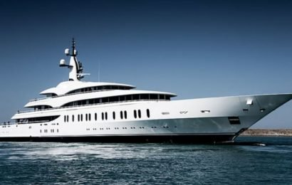 Packer hoping for smooth sailing with long awaited $200m gigayacht