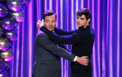 Noah Centineo and Jimmy Fallon's dance battle throws it back to high school