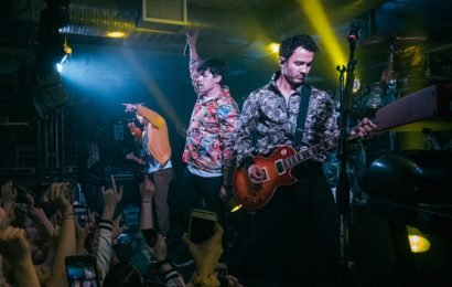 Jonas Brothers Surprise Penn State Bar With Epic Performance & Students Freak Out Over Sophie Turner