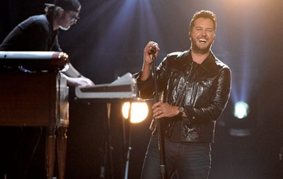 Luke Bryan Lights Up The ACMs Stage With Epic Performance Of 'Knockin' Boots'