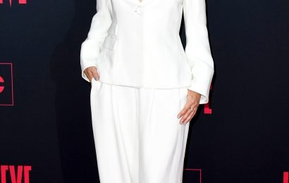Sandra Oh's Sleek White Suit — Plus More Can't-Miss Celeb Looks
