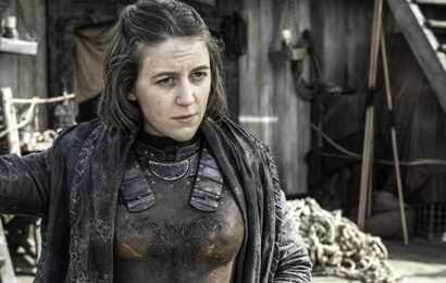 'Game Of Thrones' Star Gemma Whelan Shares Pic Of Herself Breastfeeding On Set In Full Costume & Makeup