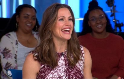 Jennifer Garner jokes about '13 Going on 30' sequel, discusses 'Once Upon a Farm'