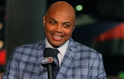 Charles Barkley, ex-Auburn star, talks to Tigers at Final Four: 'Seize this opportunity'