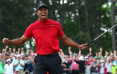 Opinion: Tiger Woods roars as others whimper, and that's the difference at Masters