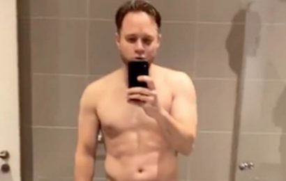 Olly Murs strips 99% nude for eye-popping shower exposé
