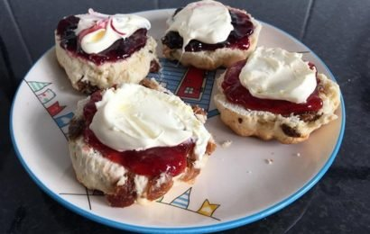 Picture of scones sparks HEATED debate: 'I find this distasteful'