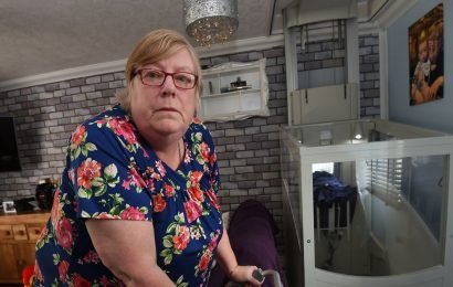 Mum living off egg and chips after Universal Credit left her on £60-a-week