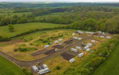 Travellers pay £3,000 for '£3million site' in village home to wealthy CEOs