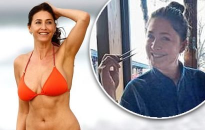 Lisa Snowdon stays in shape by using CHOPSTICKS instead of a fork