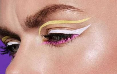 The Best Colorful Eyeliners For Summer 2019 & How To Wear Them, According To Makeup Artists