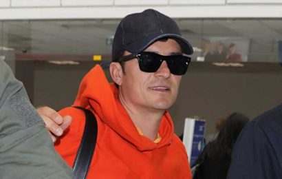 Orlando Bloom Goes Bright & Colorful for Flight Home from Cannes Film Festival