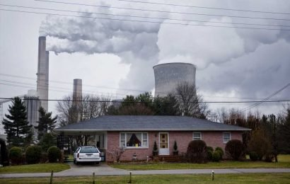 America's denial of climate change is heating up: global survey