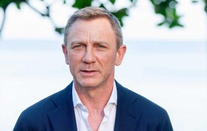 Daniel Craig suffers another injury while filming 'James Bond'