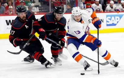 Islanders on brink of elimination after Game 3 loss to Hurricanes