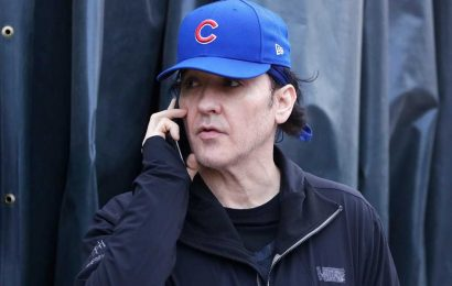 John Cusack sounds off on claims he disrespected Cubs' game troop tribute