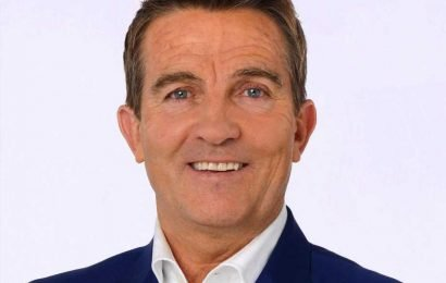 Does Bradley Walsh have a wife, what's his net worth and when was he on Coronation Street?