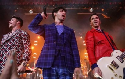 Jonas Brothers Reveal Dates for 'Happiness Begins' Tour