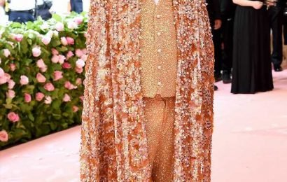 Ryan Murphy Pays Tribute to Liberace in 100 Lb. Pearl-Encrusted Cape at the Met Gala