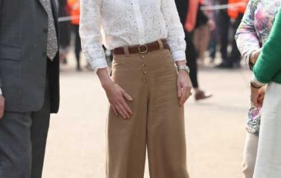 Duchess Kate steps out in brown culottes & sneakers at the Chelsea Flower Show