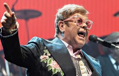 Elton John tells crowd, 'I'm ashamed of my country' over Brexit
