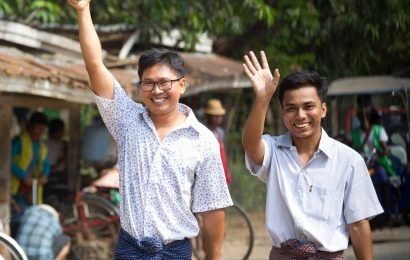 Myanmar frees 2 Reuters journalists from prison