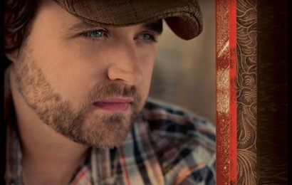 'The Voice' Features Randy Houser Classic