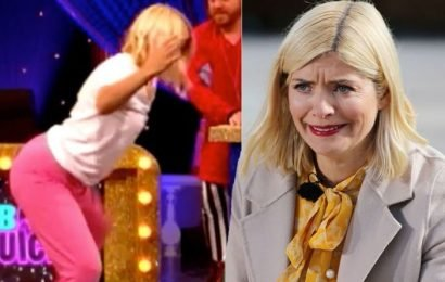 Holly Willoughby: This Morning host left screaming as her 'massive bum' takes centre-stage