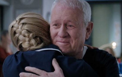 Casualty couple FINALLY reunite after devastating diagnosis