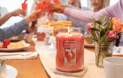 We're Getting Everyone Personalized Candles With This Yankee Candle Deal