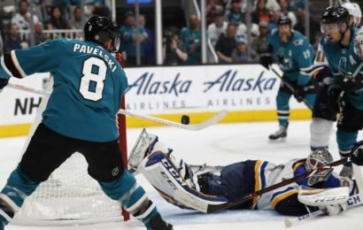 Timo Meier scores 2 to lead Sharks past Blues 6-3 in Game 1