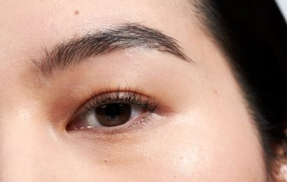 Glossier's New Brow Pen Is Better Than Any Pencil I've Tried