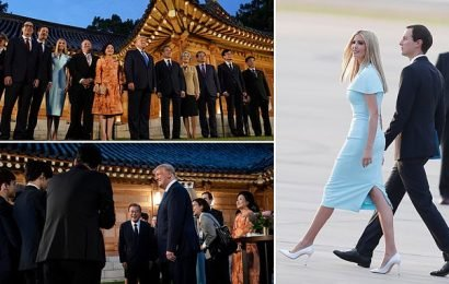 Trump lands in South Korea for dinner with President Moon Jae-in