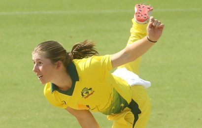 Wareham tipped to make her mark in Ashes