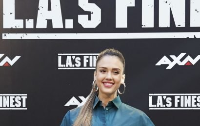 Jessica Alba Just Tried the Superlong Hair Trend, and All We Can Say Is DAMN