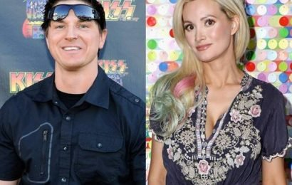 Everything We Know About Holly Madison's Romance With Zak Bagans