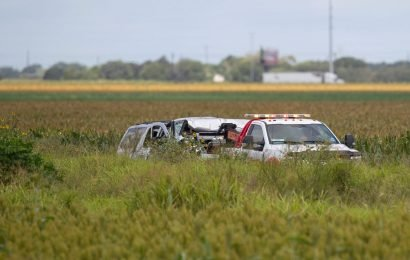6 illegal immigrants dead, 5 more critically injured after SUV evading police crashes