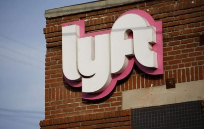 Lyft driver arrested after police find 17 suspensions on his license