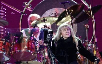 Fleetwood Mac kick off weekend of music that sees Bon Jovi, Noel Gallagher and Mumford & Sons in town