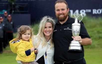 Shane Lowry celebrates British Open win with wife and daughter