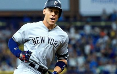 Aaron Judge belts 2 homers as Yankees' AL East lead grows