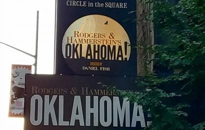 Hammerstein's grandson says 'Oklahoma!' revival is 'a travesty'