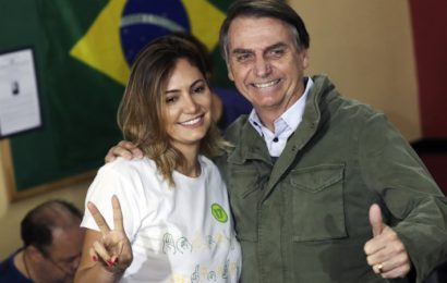 Macron accuses Bolsonaro of 'incredibly disrespectful' comments about his wife