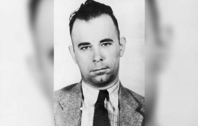 John Dillinger's family exhuming his grave to prove corpse is wrong guy