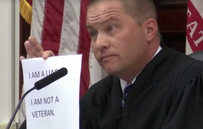 Judge orders men who lied about being vets to write names of everyone killed overseas
