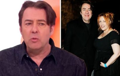 Jonathan Ross wife: 'She doesn't need to trust me' Host speaks out about keeping 'secrets'
