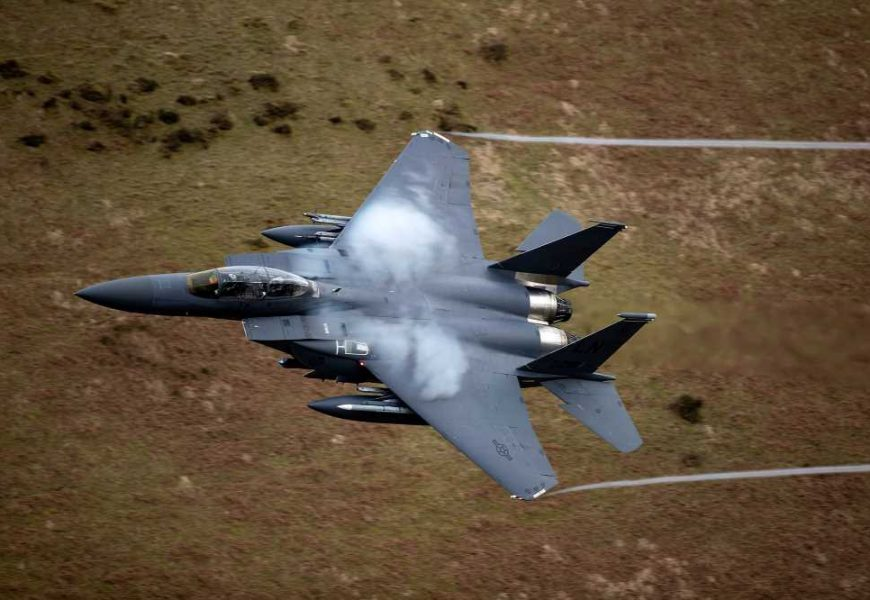 Skydivers narrowly avoid midair collision with two F15 fighter jets