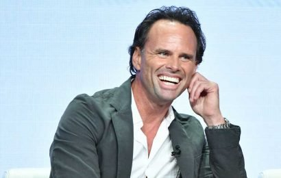 Walton Goggins plays a babe magnet in 'The Unicorn'